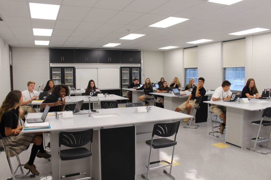 SJV's New Chemistry Lab: How Students and Teachers Feel About the Renovation