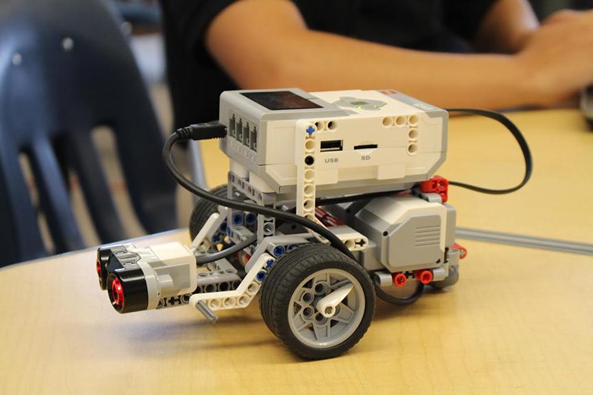SJV's Robotics and Engineering Classes