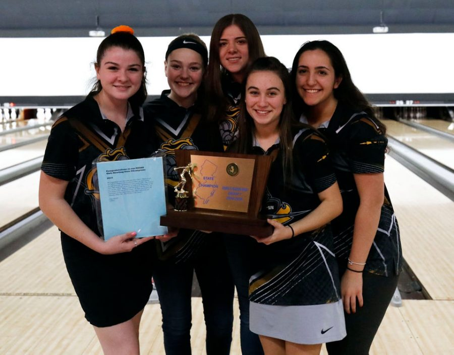 SJV Girls Bowling Team Makes School History at Tournament of Champions